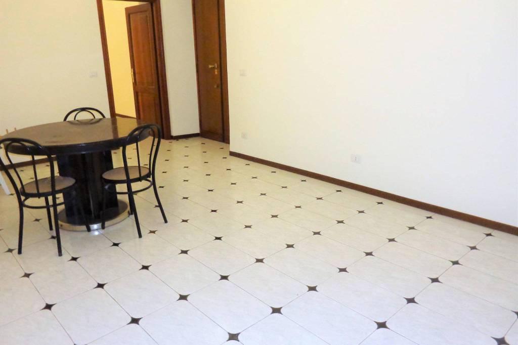Viale Regina Margherita: appartamento uso studio Rif. 8909052