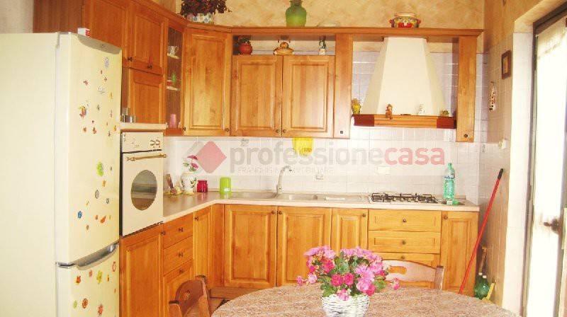 Villa a Schiera in vendita a Piedimonte San Germano, 5 locali, prezzo € 105.000   CambioCasa.it
