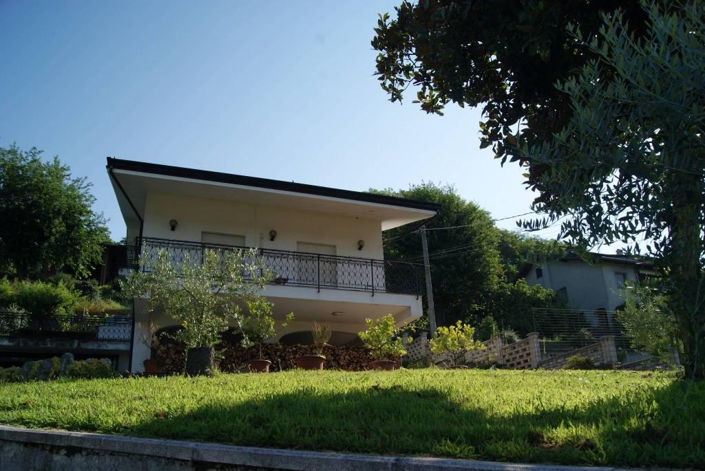 Foto 1 di Villa via Azeglio, Albiano D'ivrea