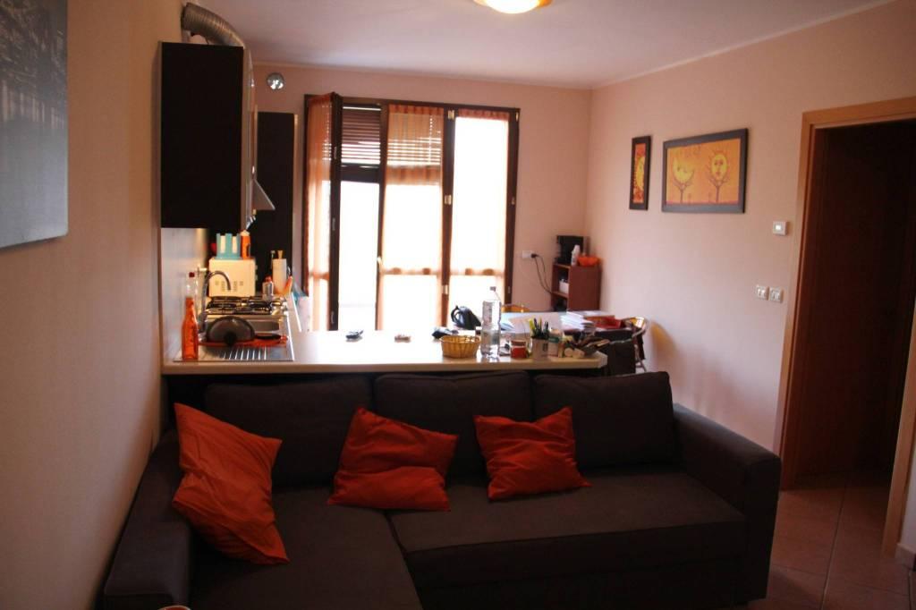 Appartamento in Vendita a Borghi Periferia: 2 locali, 65 mq