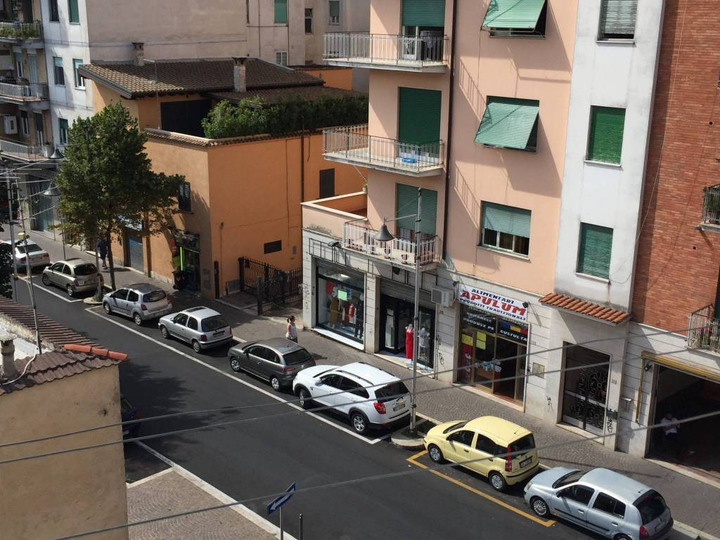Appartamento in buone condizioni arredato in affitto Rif. 7413637