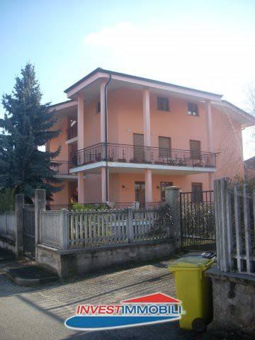 Appartamento in ottime condizioni in vendita Rif. 7414356