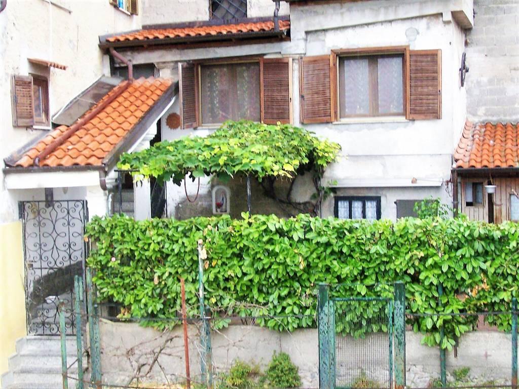 Rustico / Casale in buone condizioni in vendita Rif. 7411777
