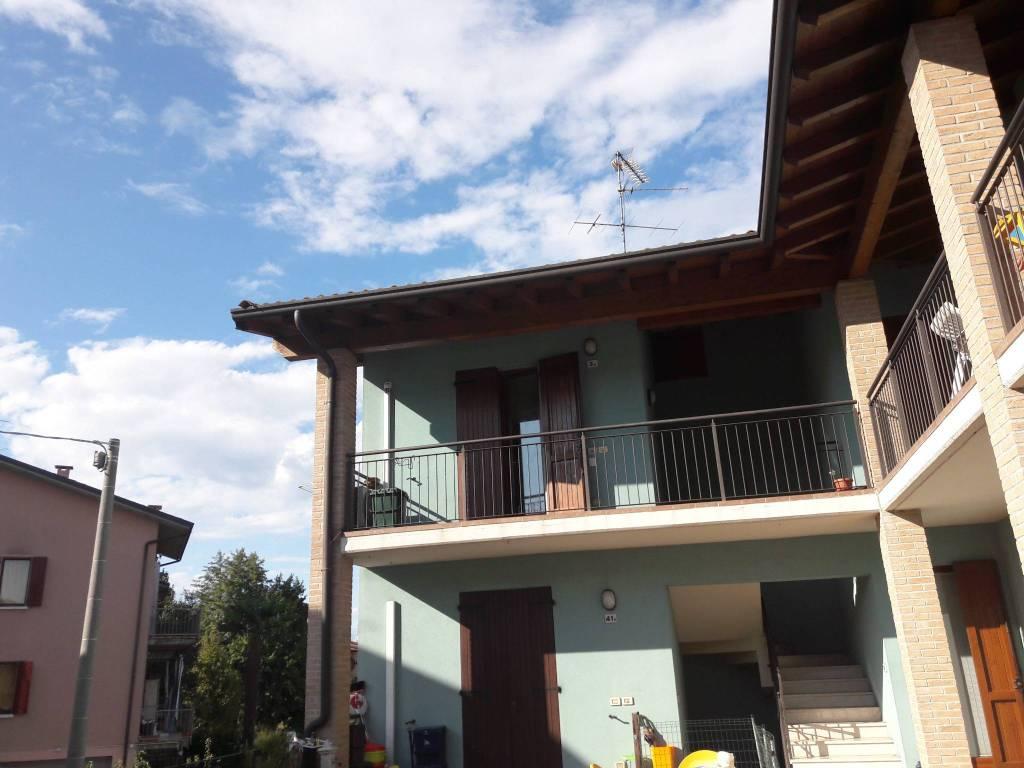 Appartamento in vendita a Volta Mantovana, 2 locali, prezzo € 90.000 | CambioCasa.it