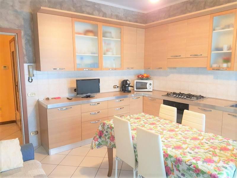 Appartamento in buone condizioni in vendita Rif. 7414279