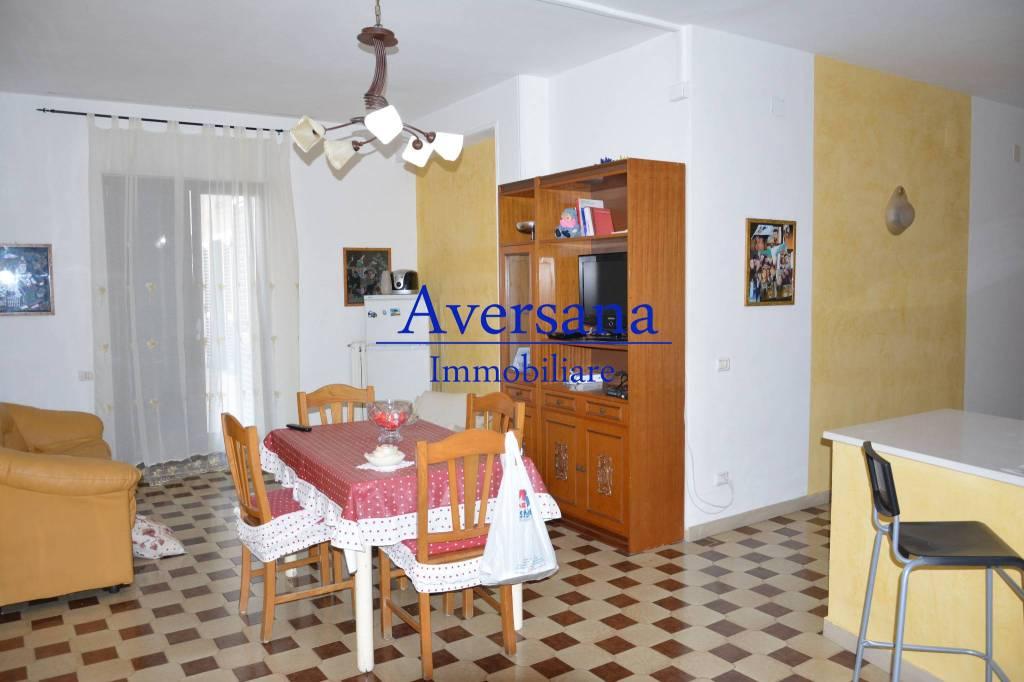 Appartamento in buone condizioni arredato in affitto Rif. 8551445
