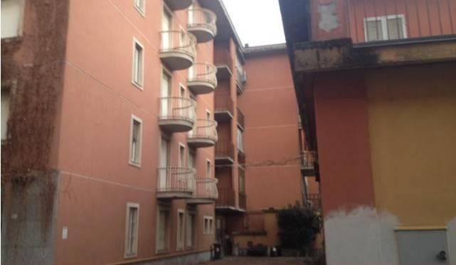 Appartamento in buone condizioni in vendita Rif. 9099609