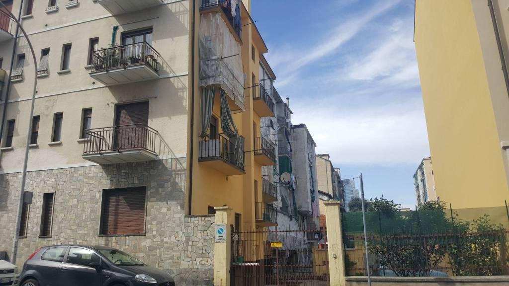 Appartamento in buone condizioni in affitto Rif. 7411100