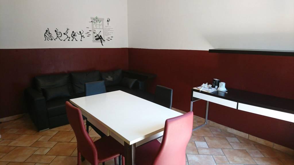 Appartamento in buone condizioni arredato in affitto Rif. 7605284