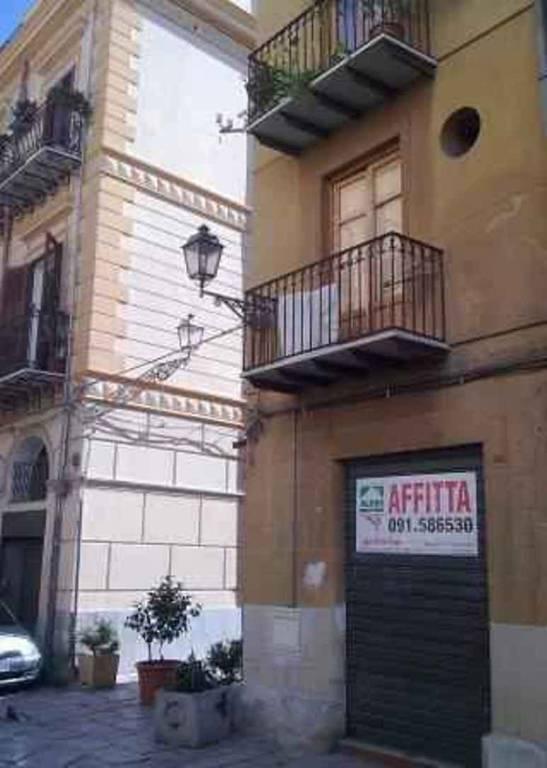 Negozio-locale in Vendita a Palermo Centro: 1 locali, 35 mq