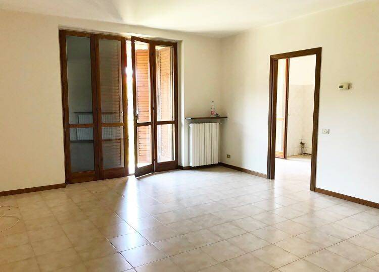 Appartamento in ottime condizioni in vendita Rif. 7413215