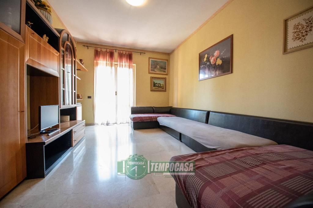 Appartamento in vendita a Nerviano, 3 locali, prezzo € 98.000   CambioCasa.it