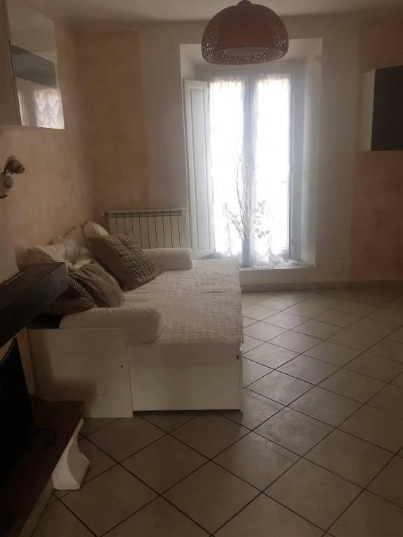 Appartamento in ottime condizioni in vendita Rif. 8948688