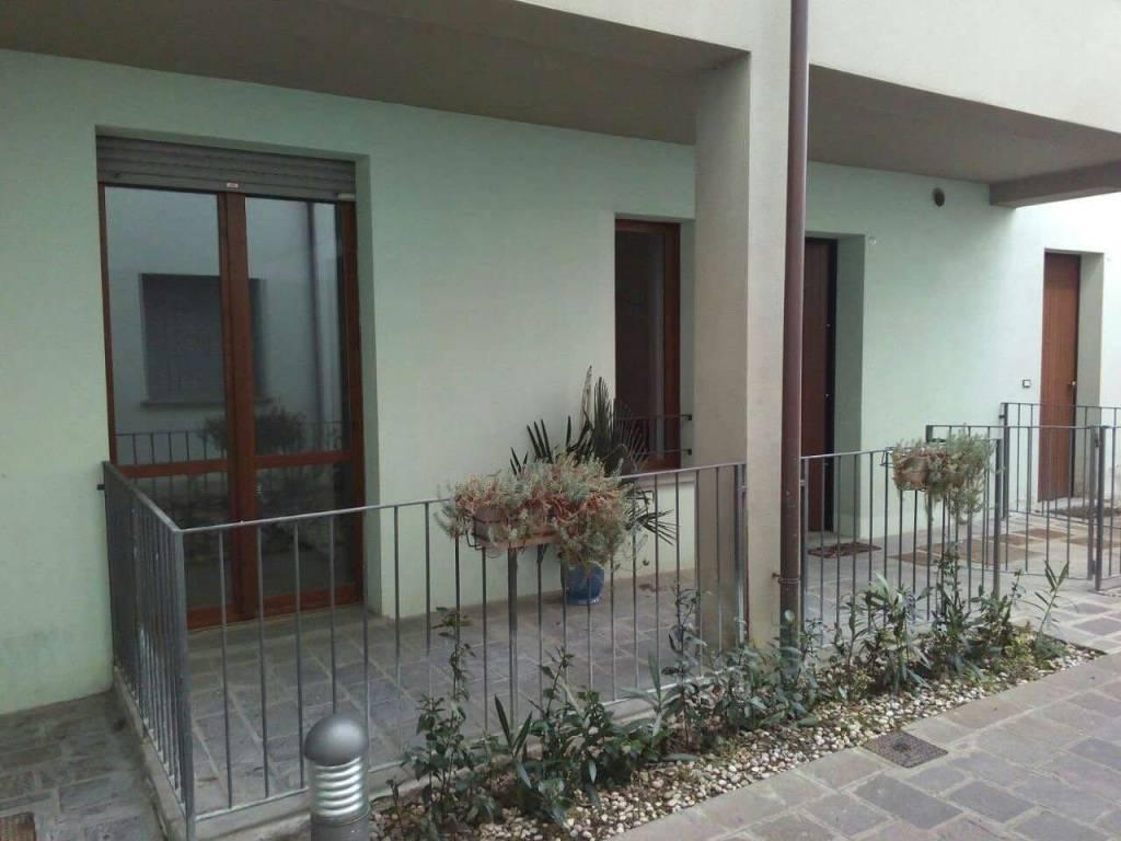 Foto 1 di Bilocale via VIA FARINI 1, frazione Traversara, Bagnacavallo