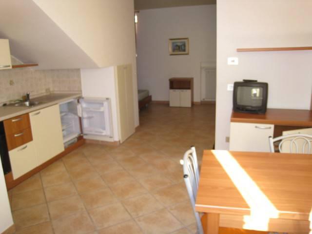 Appartamento arredato in affitto Rif. 7413648