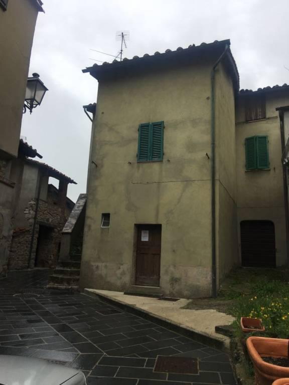Casa indipendente - Vicolo della Villa 8