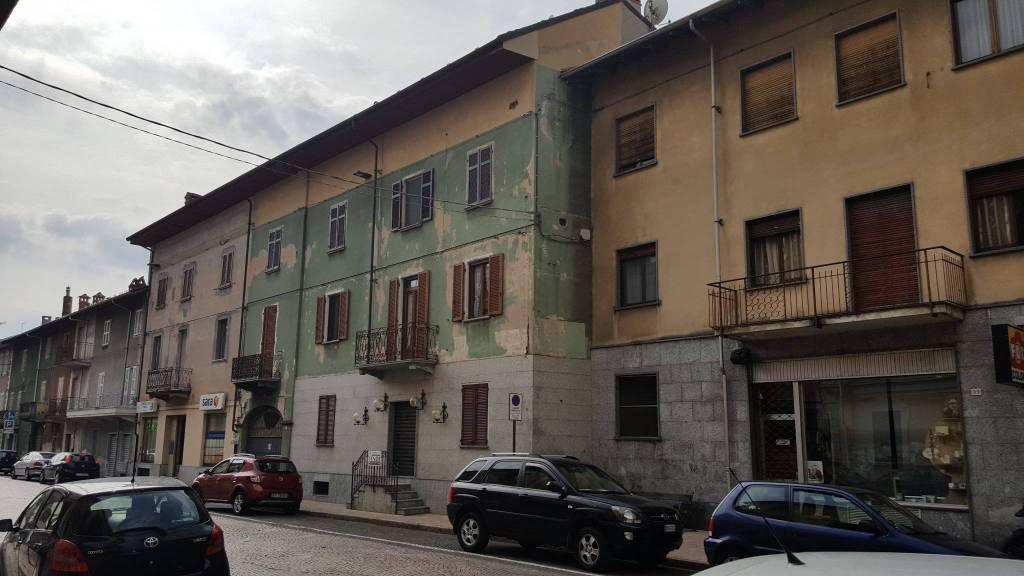 Albergo in vendita a Gattinara, 6 locali, prezzo € 320.000 | CambioCasa.it