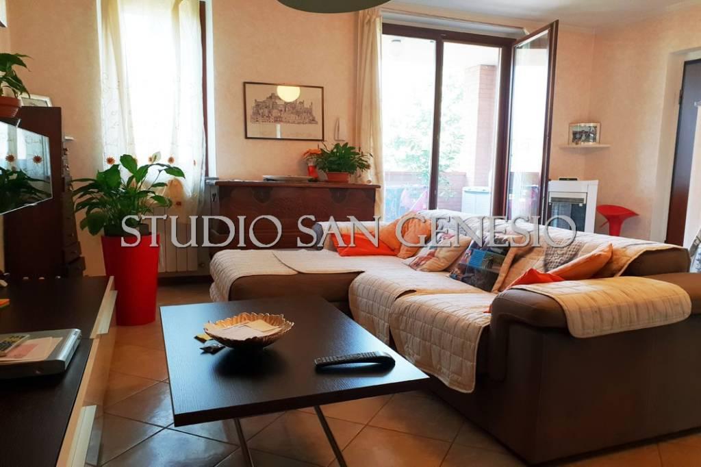 Appartamento in ottime condizioni in vendita Rif. 7424064