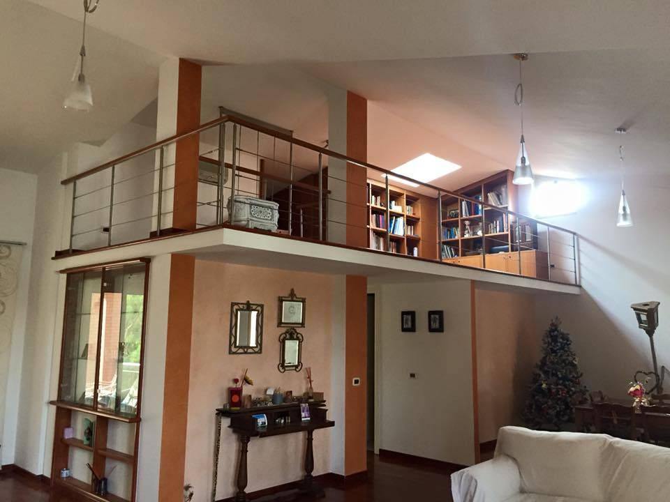 Villa in vendita a Roma, 6 locali, zona Zona: 37 . Morena - Ciampino - Trigoria - Falcognana, prezzo € 660.000   CambioCasa.it