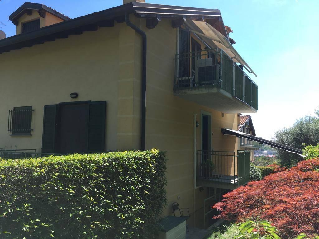 Villa a Schiera in vendita a Albano Sant'Alessandro, 3 locali, prezzo € 220.000   CambioCasa.it