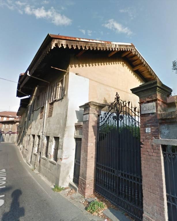 Foto 1 di Rustico / Casale via Caporal Cattaneo 17, Favria
