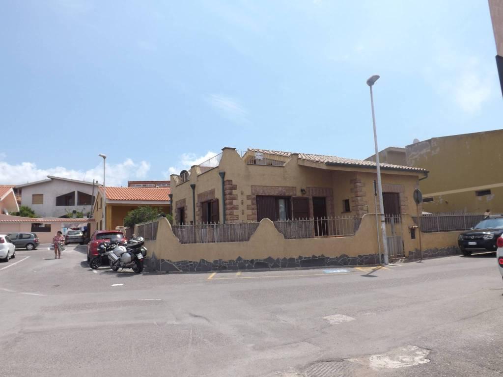 Villa in buone condizioni in vendita Rif. 7420964