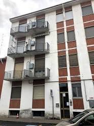 Appartamento in buone condizioni in vendita Rif. 8465404