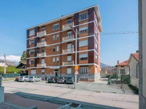 Appartamento in ottime condizioni in vendita Rif. 7441256