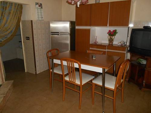 Appartamento in buone condizioni in vendita Rif. 7438458