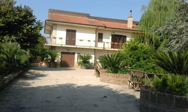 Villa quadrilocale in vendita a San Martino Valle Caudina (AV)