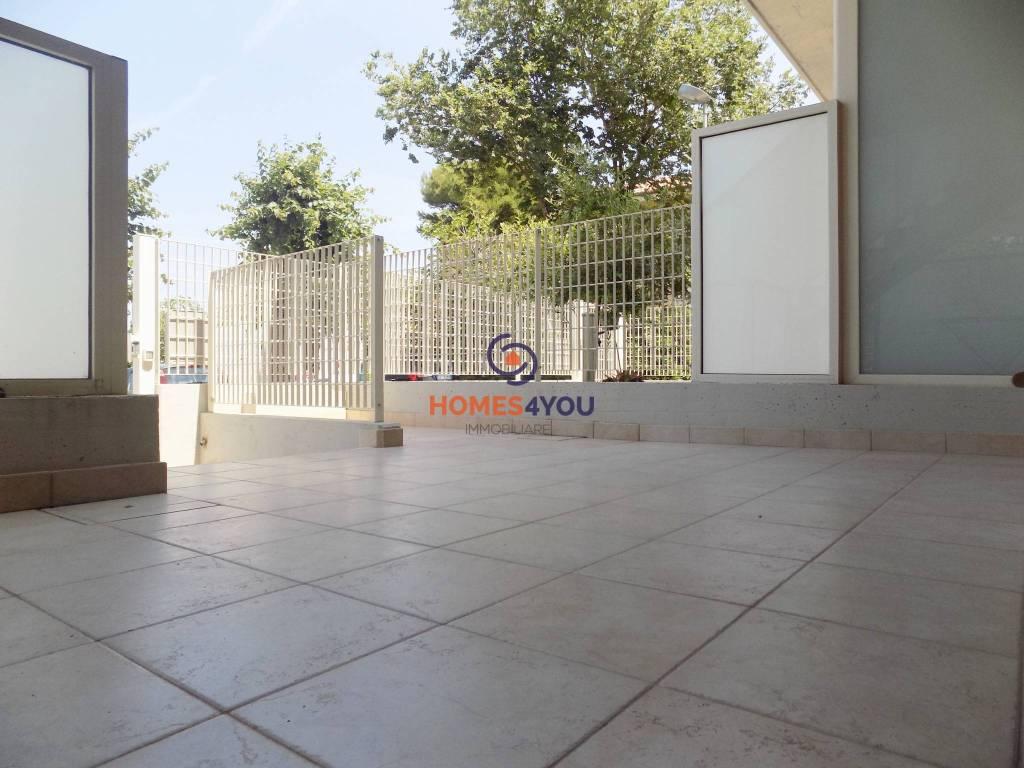 Appartamento in ottime condizioni in vendita Rif. 9260130