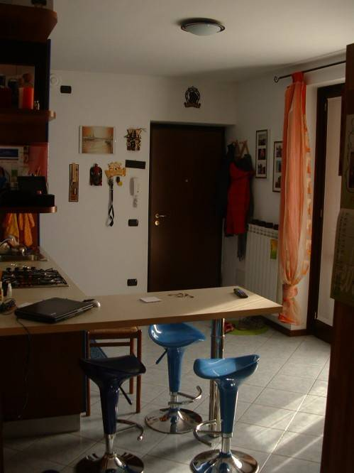 Appartamento in buone condizioni arredato in affitto Rif. 7436993