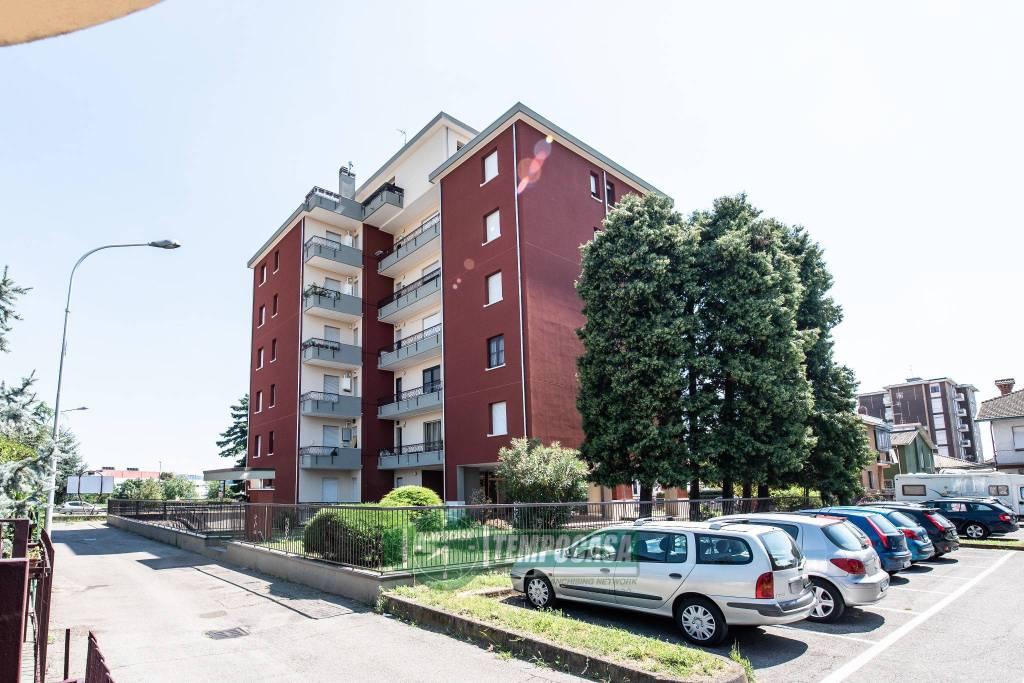 Appartamento in vendita a Nerviano, 2 locali, prezzo € 95.000   CambioCasa.it
