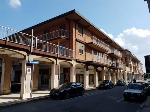 Appartamento da ristrutturare in vendita Rif. 7174307