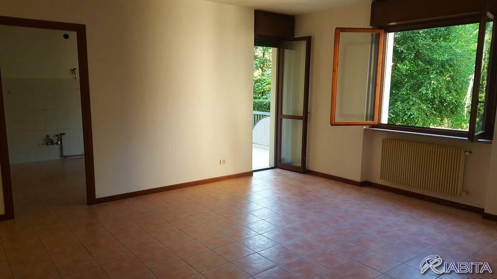 Appartamento in Affitto a Vigolzone Centro: 3 locali, 90 mq