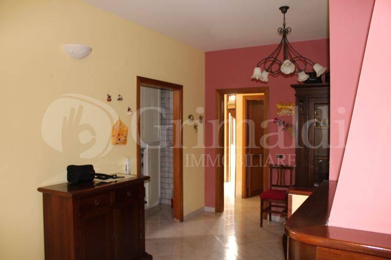 Appartamento in Vendita a Tuglie Centro: 3 locali, 98 mq