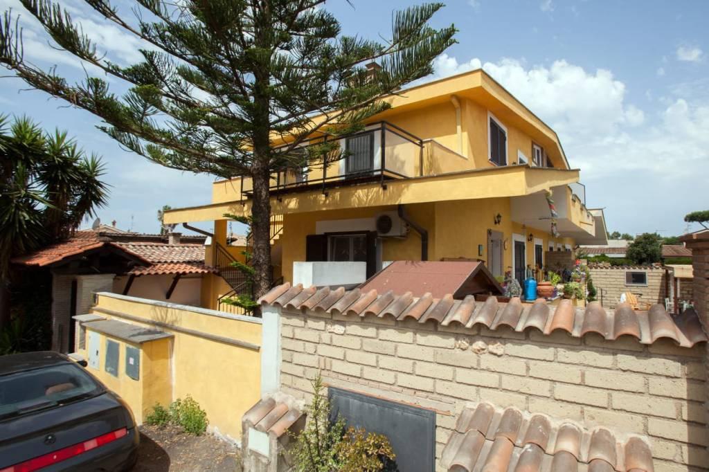 Appartamento in vendita a Roma, 2 locali, zona Zona: 38 . Acilia, Vitinia, Infernetto, Axa, Casal Palocco, Madonnetta, prezzo € 129.000 | CambioCasa.it