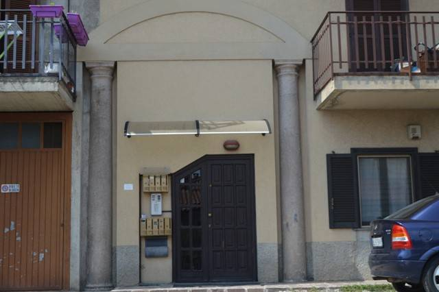 Appartamento da ristrutturare in vendita Rif. 7450386