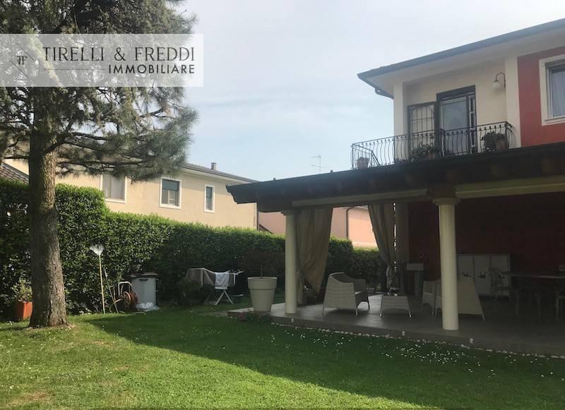 Villa in vendita a Rodengo-Saiano, 4 locali, prezzo € 279.000   CambioCasa.it