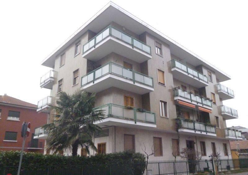 Appartamento in vendita a Bresso, 3 locali, prezzo € 189.000 | CambioCasa.it
