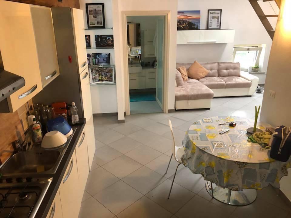 Appartamento in ottime condizioni arredato in affitto Rif. 7450285