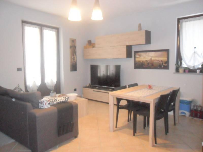 Appartamento in ottime condizioni parzialmente arredato in affitto Rif. 7450463