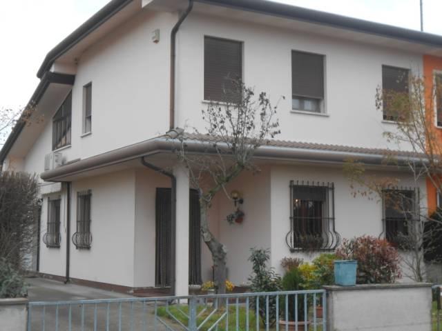Villa in ottime condizioni in vendita Rif. 6098867
