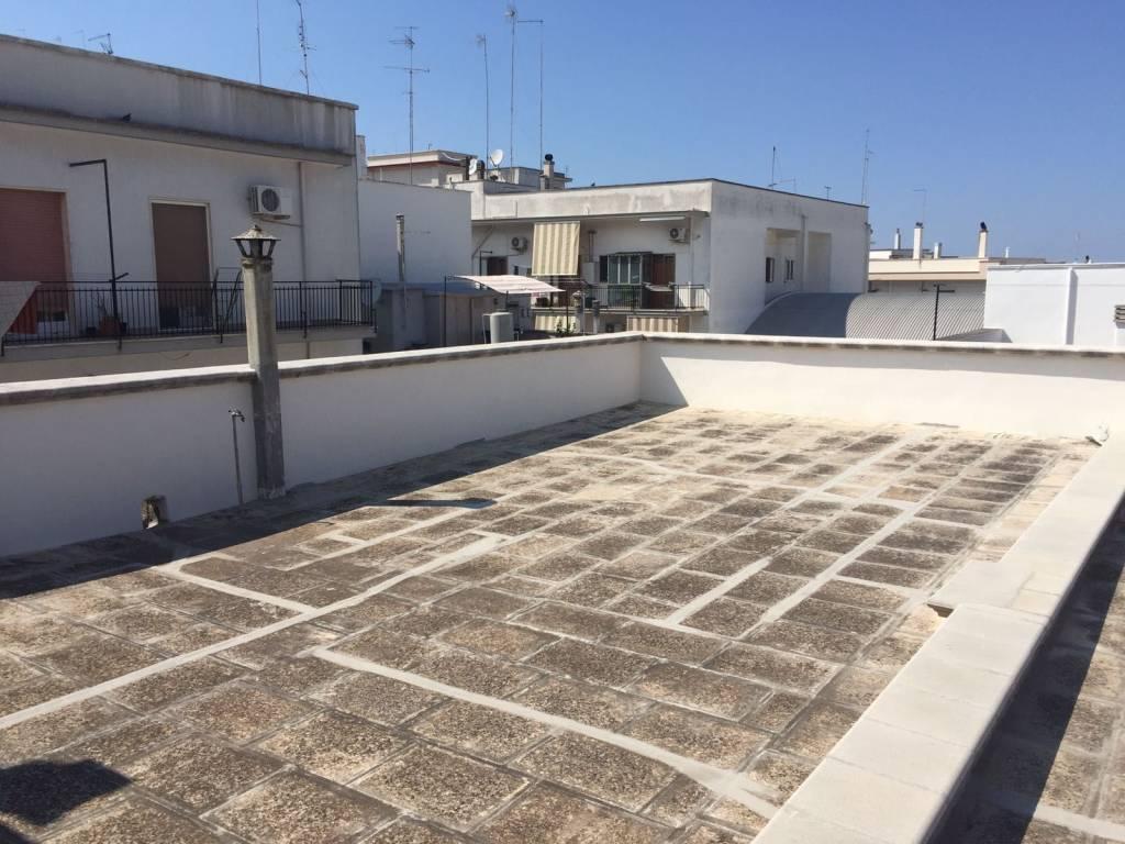 Appartamento in buone condizioni in vendita Rif. 7450262