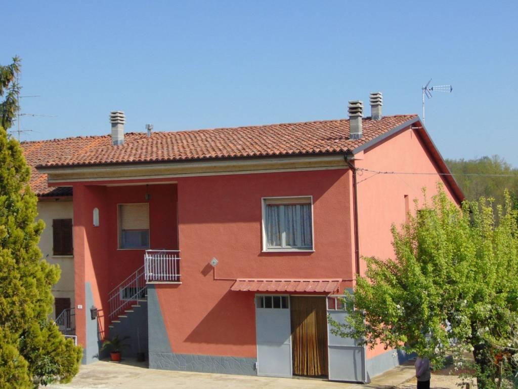 Rustico / Casale in vendita a Cortiglione, 3 locali, prezzo € 120.000 | CambioCasa.it