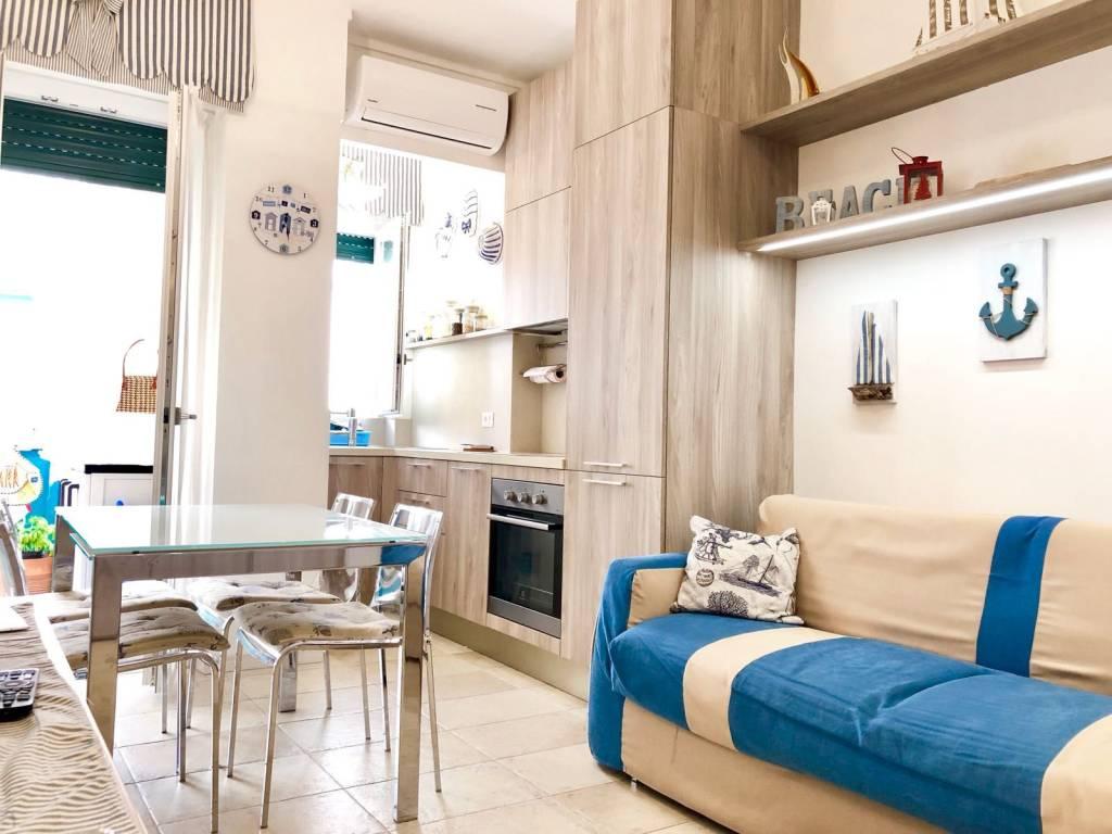 Appartamento in ottime condizioni parzialmente arredato in vendita Rif. 8814126