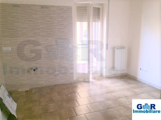 Appartamento in buone condizioni in affitto Rif. 7449848