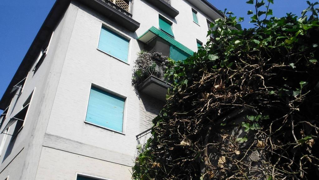 Appartamento in buone condizioni in vendita Rif. 7461098