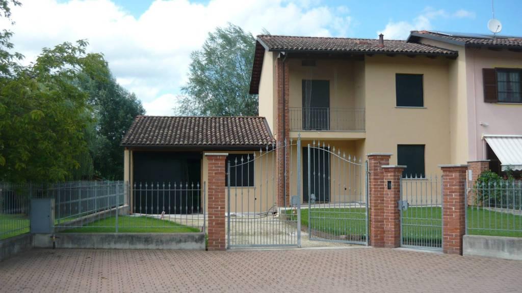 Villa a schiera 6 locali in vendita a Cantarana (AT)