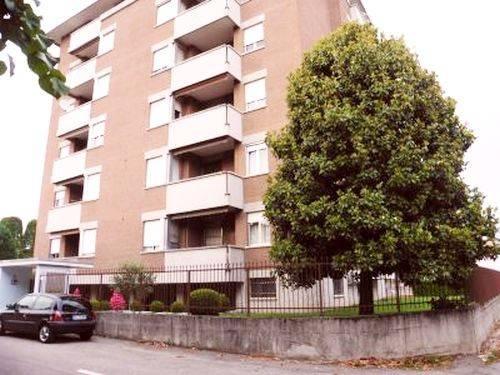 Appartamento in ottime condizioni in vendita Rif. 6580716